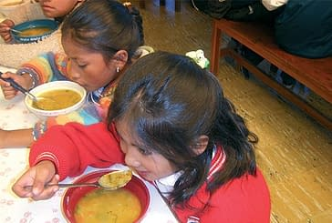 La cofradía San Andrés coopera con Bolivia y Paraguay