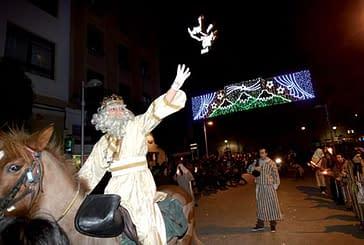 Magia e ilusión desbordada en el recibimiento a los Reyes Magos