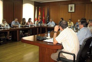 El gasto del Ayuntamiento en informes centró el pleno de julio