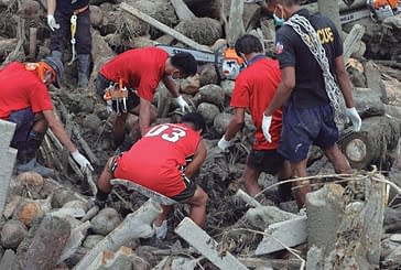 Santa Ana recauda 2.504 euros para colaborar con los damnificados del tifón en Filipinas