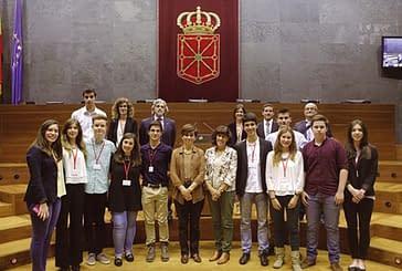 El colegio El Puy se impone en el Torneo de Debate de Bachillerato