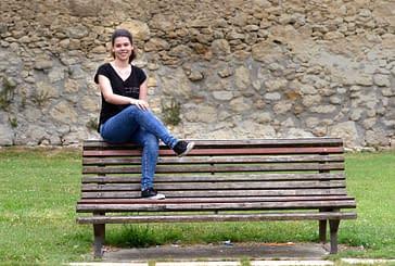 """PRIMER PLANO - Gabina Oronoz - Mejor expediente  de selectividad en Estella - """"Estoy muy contenta porque puedo elegir qué estudiar el próximo año"""""""