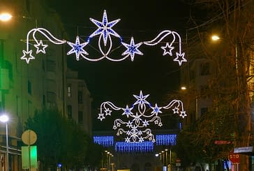 La calle de la Estrella luce iluminada estas Navidades