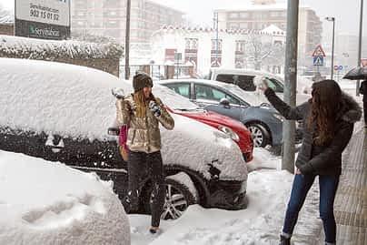 630-5c-la-nieve-paralizo-estella