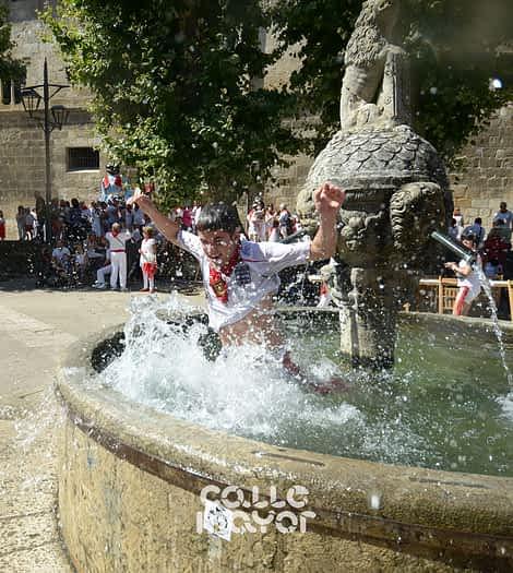 15-08-02 - fiestas de estella - revista calle mayor (7)