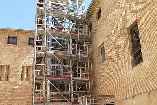 Recta final para la instalación del ascensor del Museo Gustavo de Maeztu
