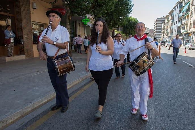 larraiza-50-aniversario-con-homenaje-a-la-jota-vieja-calle-mayor-9