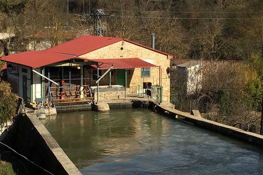 Central Hidroeléctrica Robert de Valdelobos - (Estella-Lizarra)