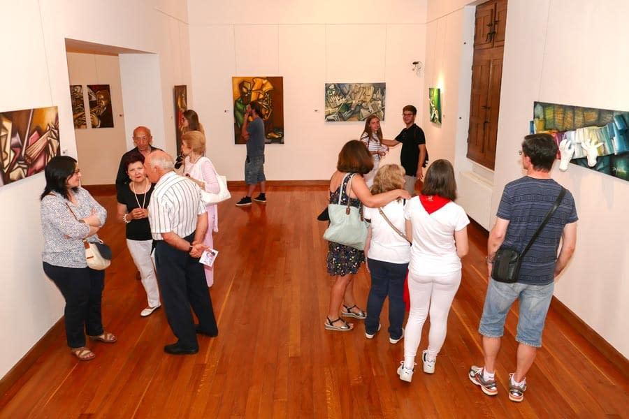 Exposición de Jorge Ortiz en la casa de cultura Fray Diego.