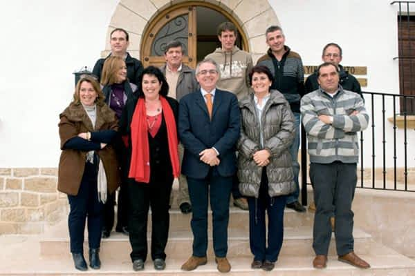 Sanz se compromete a revisar el Plan de Desarrollo en Guesálaz