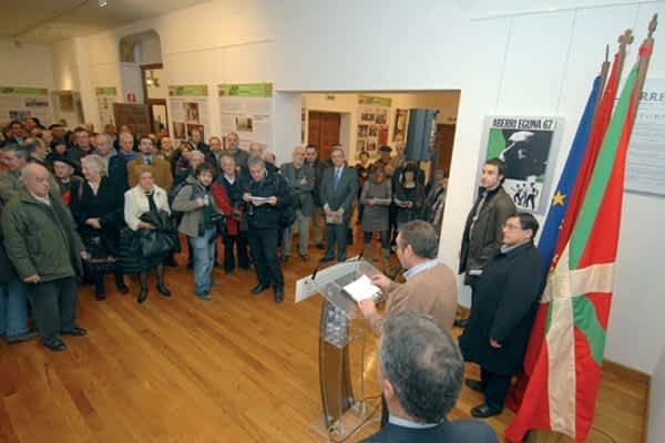 Panorámica de cien años de nacionalismo en Navarra
