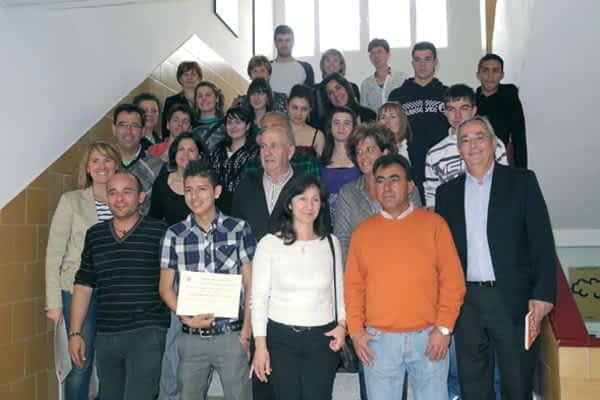 El IES Tierra Estella y 16 empresas de la zona, juntos por la integración