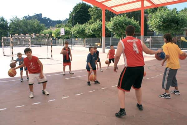 IX Campus Oncineda de Formación de Baloncesto