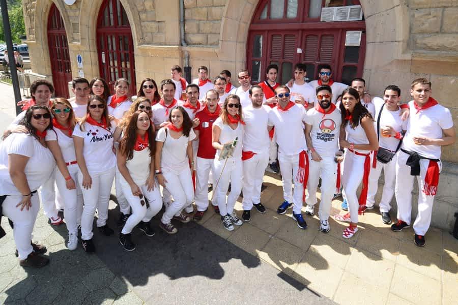 Buen tiempo y alta participación en las Fiestas del Puy