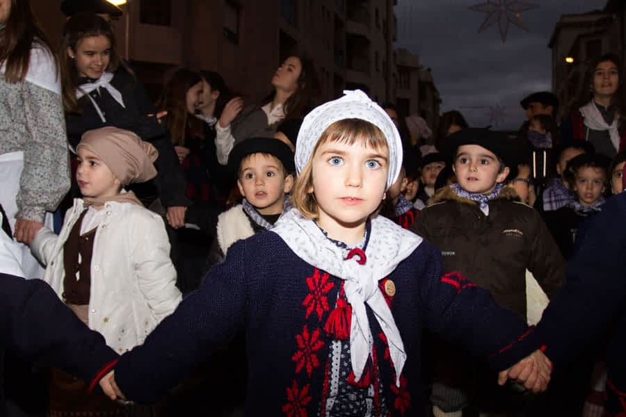 Cantos a Olentzero el 24 de diciembre en Estella
