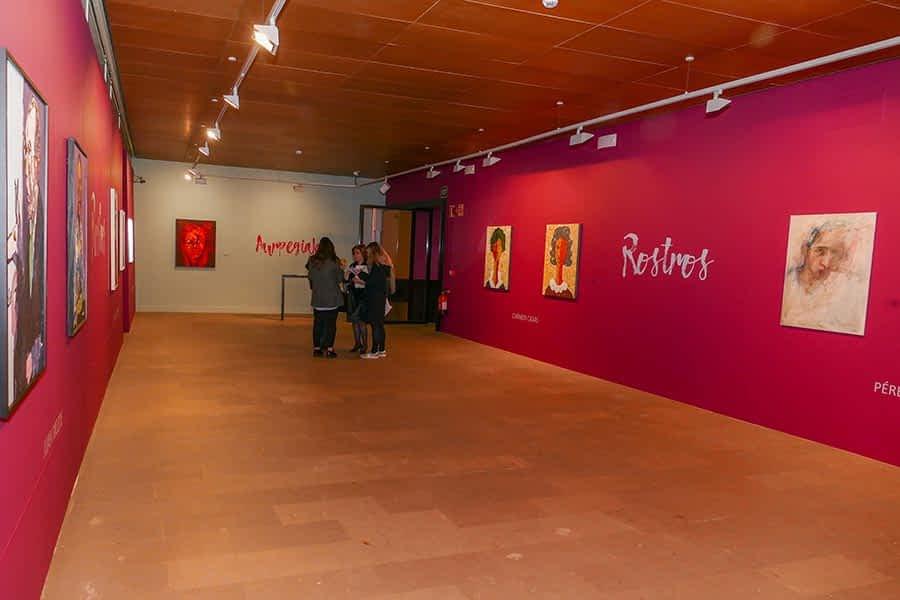 El rostro ilumina la nueva producción del Museo Gustavo de Maeztu