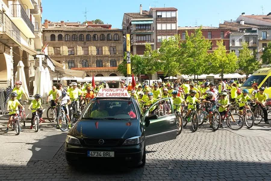 785 personas secundaron el XXIX Día de la Bicicleta