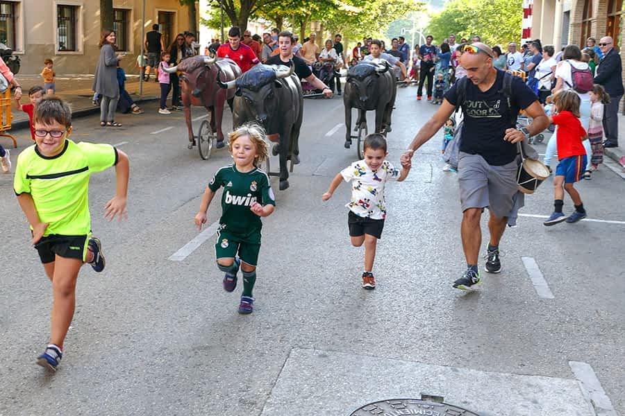 El barrio de San Miguel se vistió de fiesta