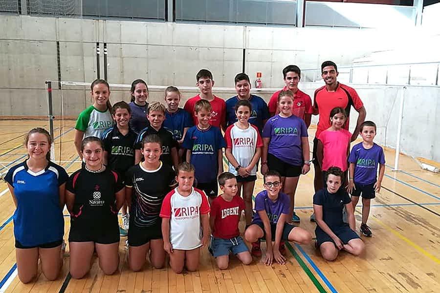 El Club Bádminton Estella inició la temporada con un campus