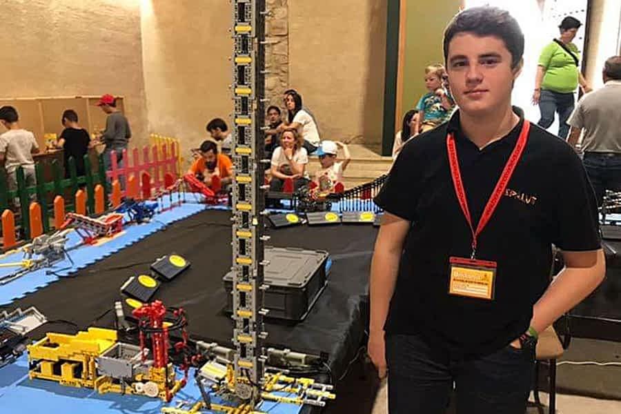 Lego llegó a Estella de la mano de Álvaro Arnedillo