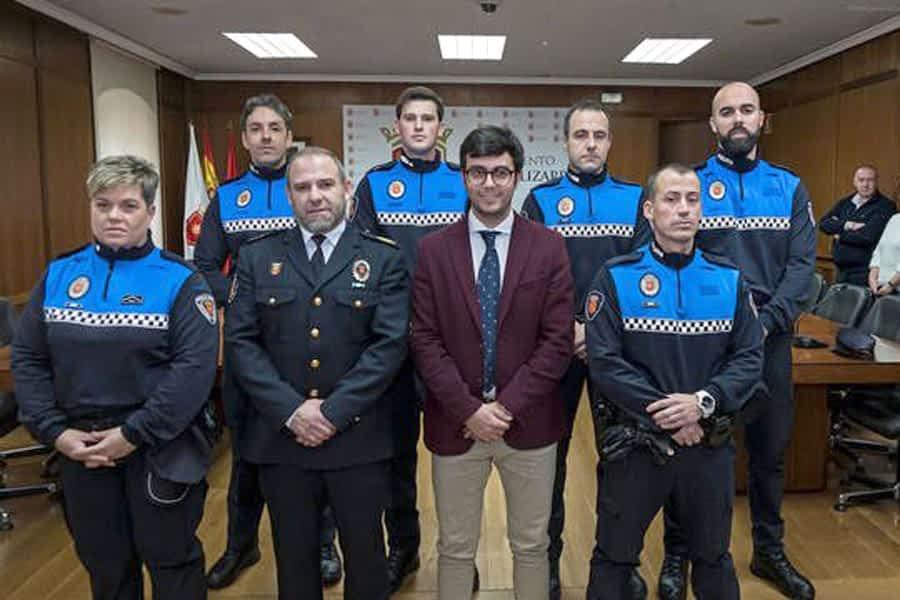 Tres nuevos policías municipales juraron su cargo
