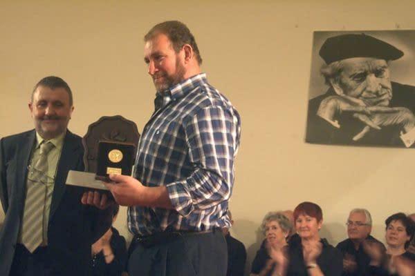Iñaki Perurena se suma a los premiados por la defensa de  la cultura vasca