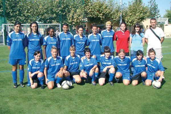 El C.D. Izarra gana el III Torneo de Fútbol Femenino Amigó