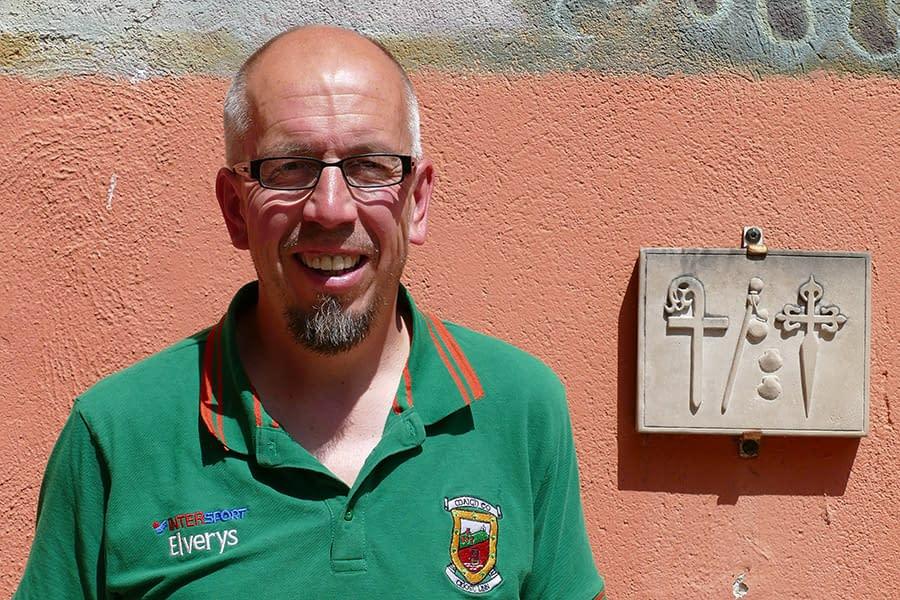 """DE PASO POR ESTELLA – Michael Grove – """"He venido para apreciar España, por lo tanto, todo me parece bien"""""""